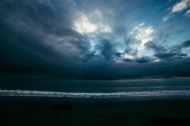 viharos ég, viharos tenger