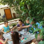 Akreatívkőasztalapéteritáborban